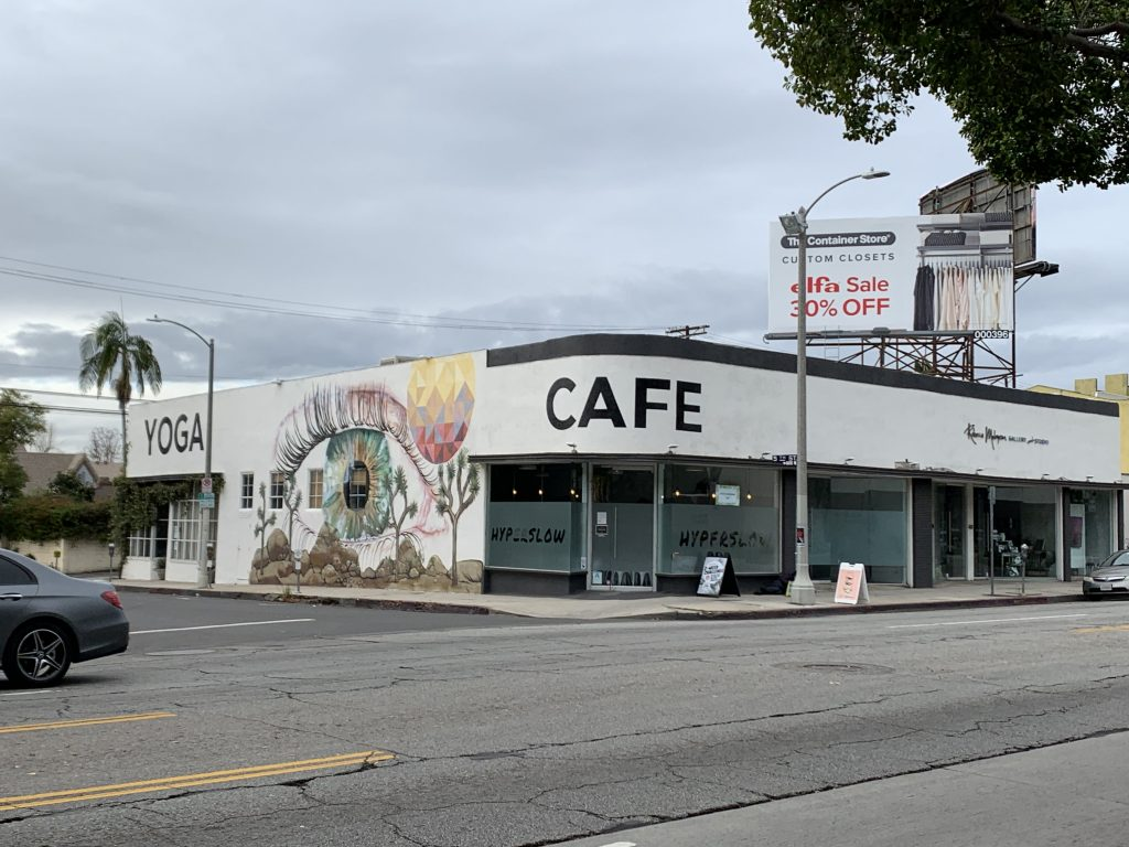 米国 Superslow ヨガ メディテーション スタジオ カフェ コワーキングスペース 画像